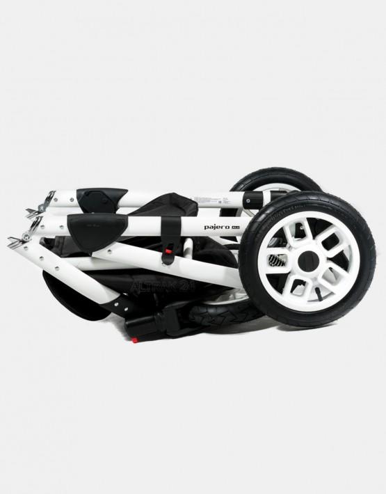 Adamex Pajero schwarz 547G 3in1 mit Autositz