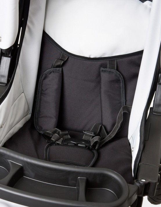 Karex Kamil schwarz - weiß 3in1 mit Autositz