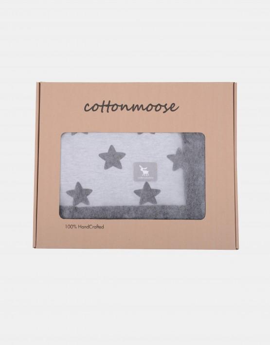 Cottonmoose Winter Blanket – Sternenmuster pink auf natur Einband grau