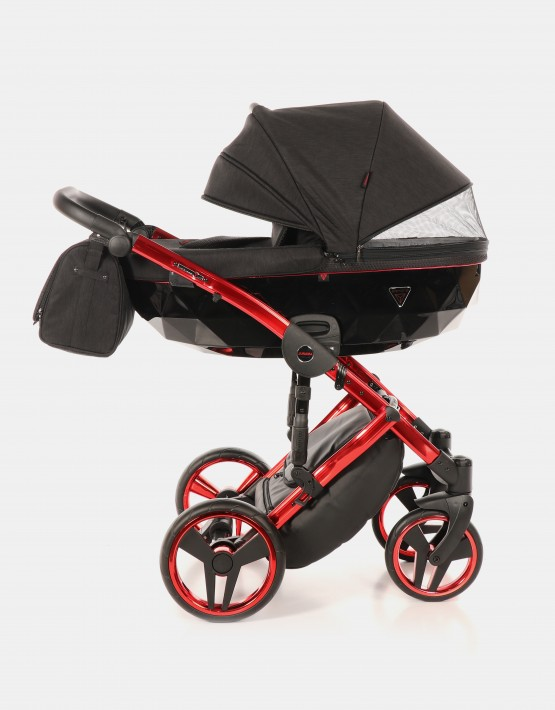 Junama Diamond Individual 01 Rot-Schwarz + Cybex Cloud Deep Black + Autobase Z 4in1